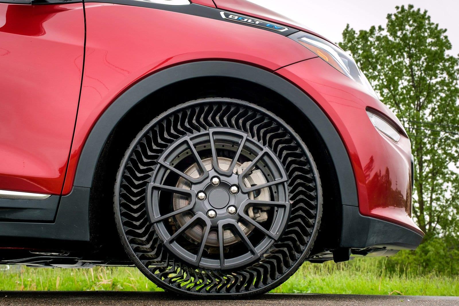 Начаты испытания новых безвоздушных шин для легковых автомобилей