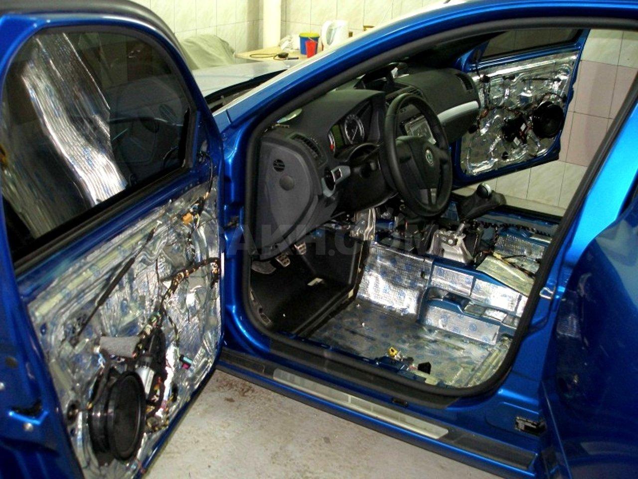 Делаем качественную шумоизоляцию авто своими руками