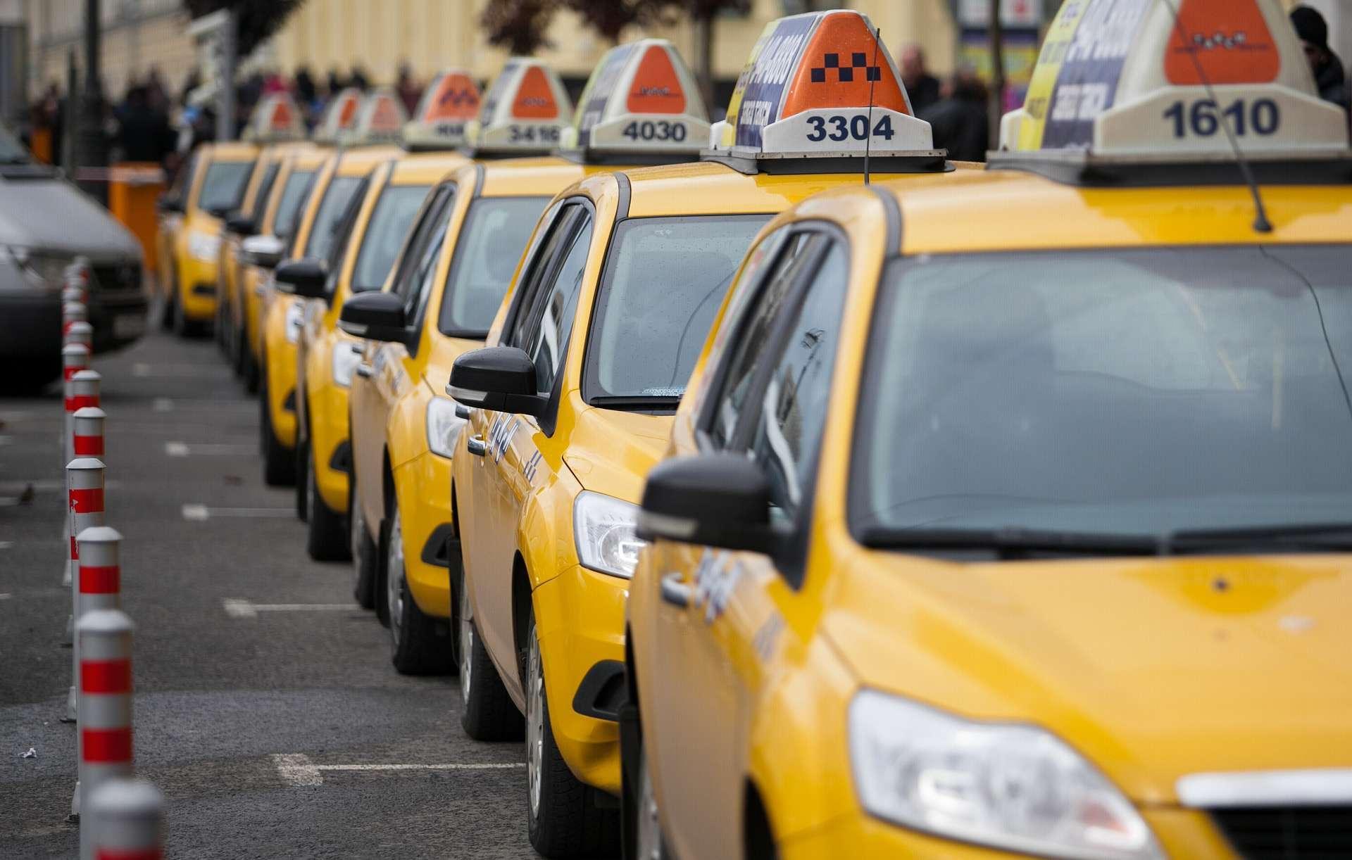 Почему в современном мегаполисе выгоднее пользоваться текси, чем иметь свой автомобиль