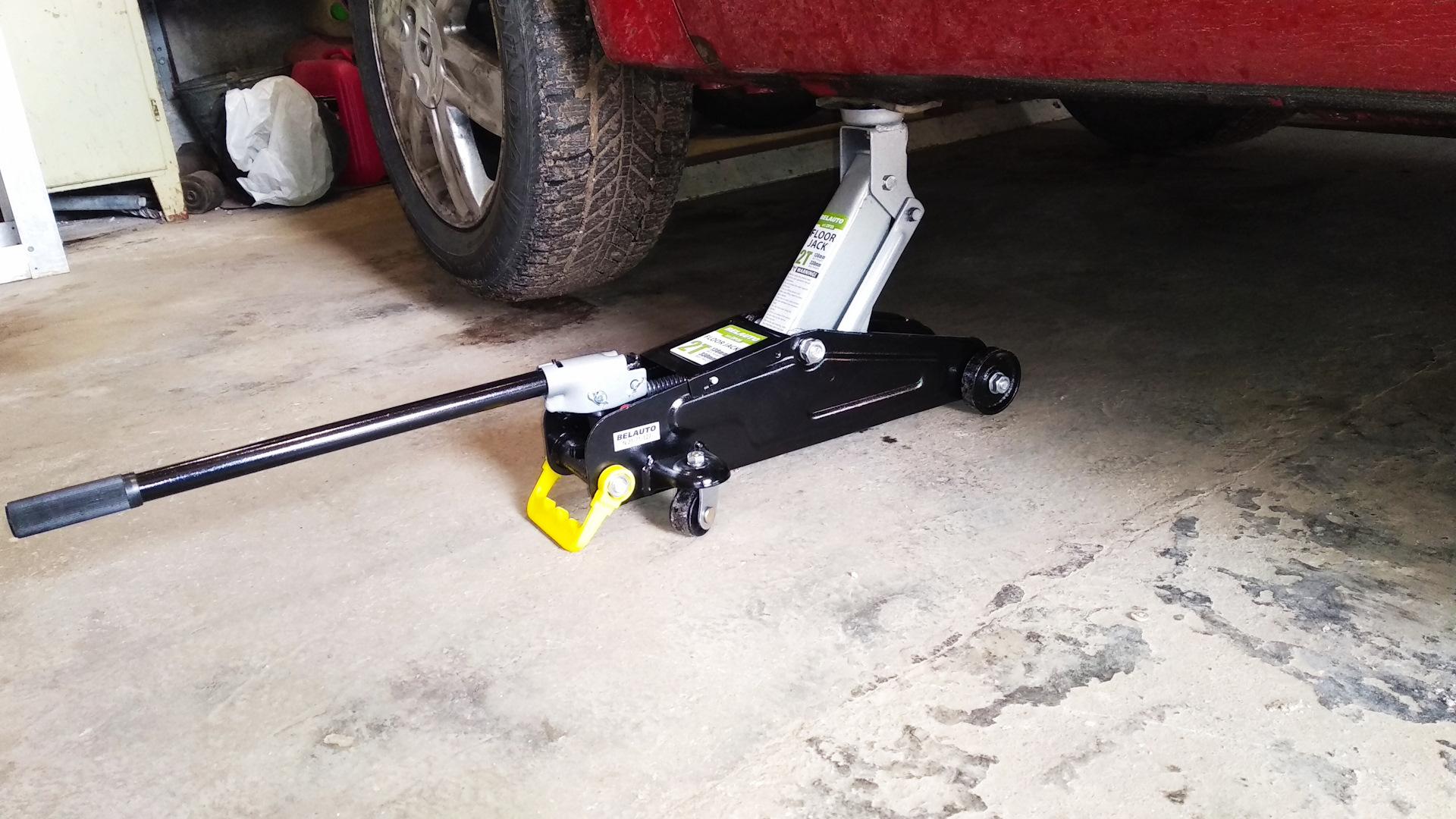 Топ-5 инструментов, которые должны быть в гараже любого автомобилиста