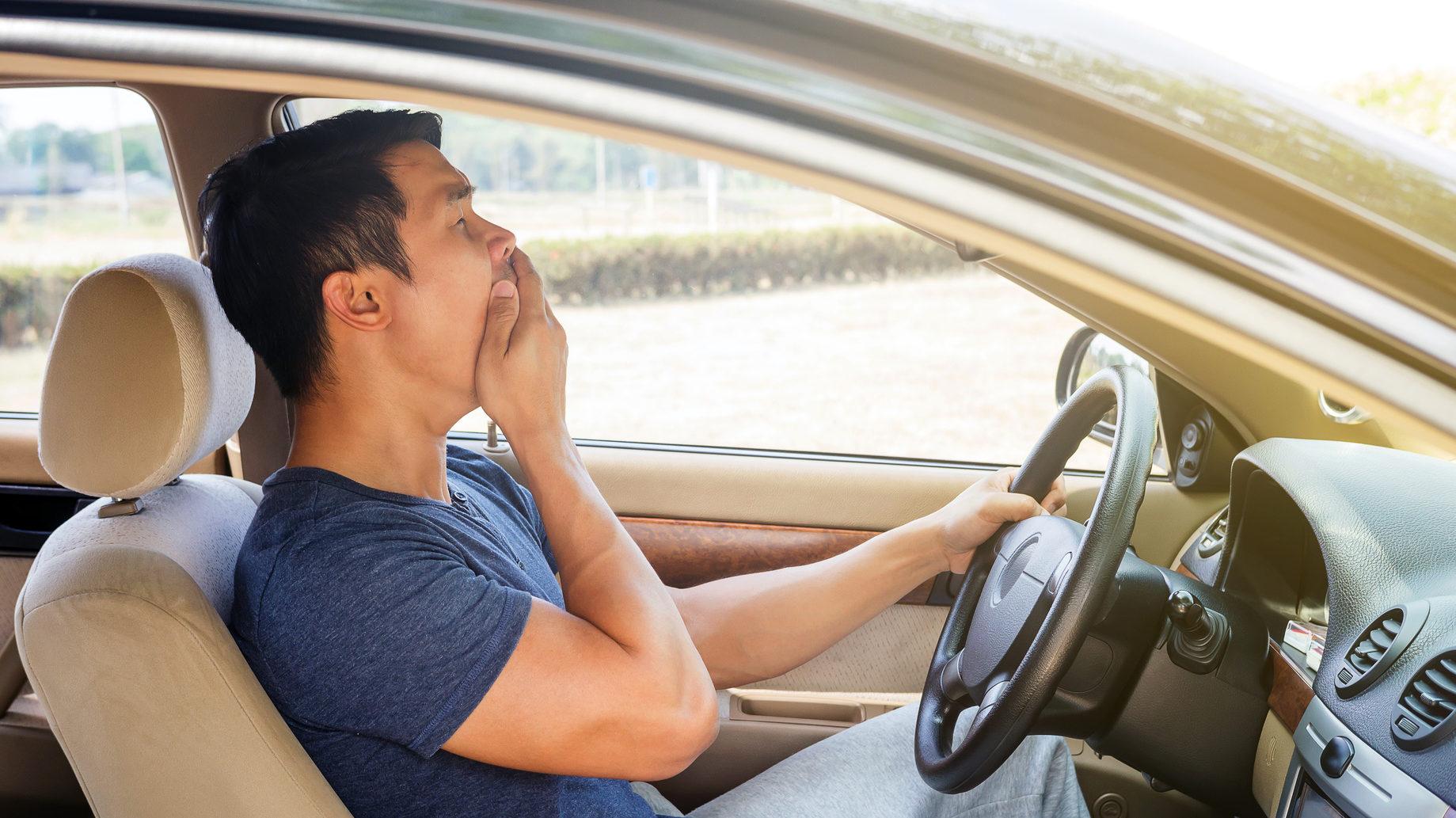 Топ-5 самых полезных советов для водителей, как пережить жару